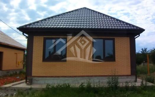 Кирпичный дом.