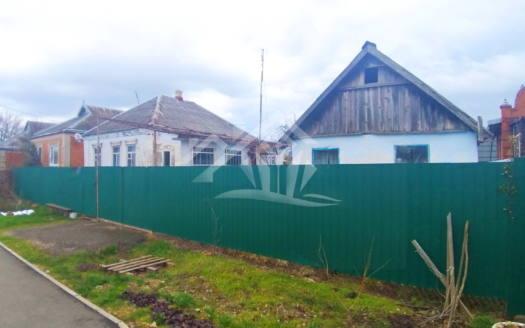 Земельный участок с большим фасадом